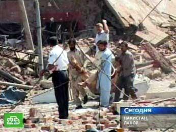 в Лахоре по приказу правительства снесли католический институт